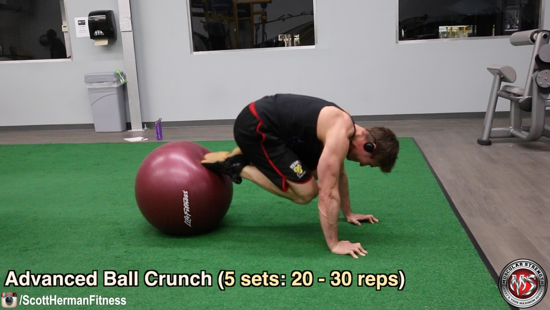 advanced-ball-crunch